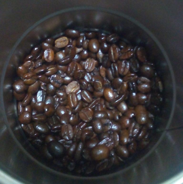 暑い夏にピッタリなコーヒー豆 炭焼きアイスコーヒー