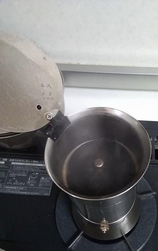 マキネッタで淹れたコーヒーが美味しくないのには理由があります!ビアレッティのマキネッタを1年以上使って分かった美味しいエスプレッソの淹れ方!